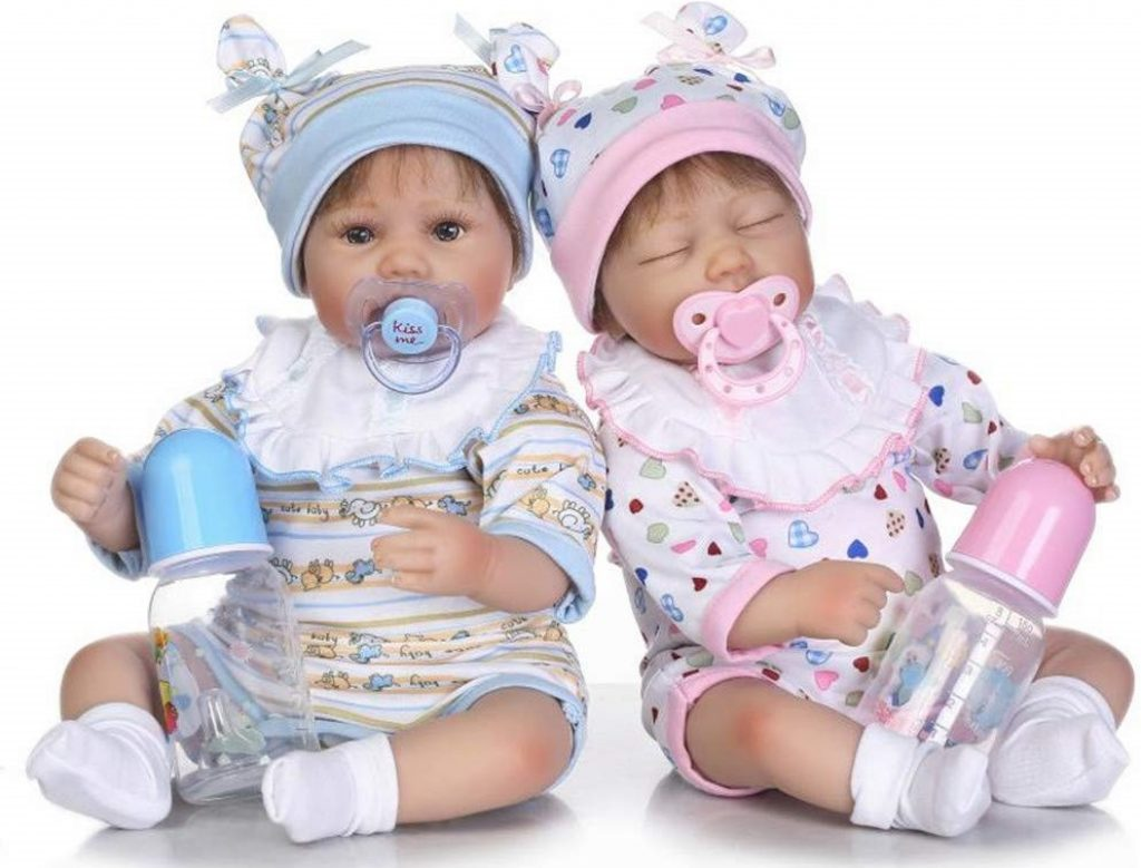 Bellissimi bambole gemele da comprare.