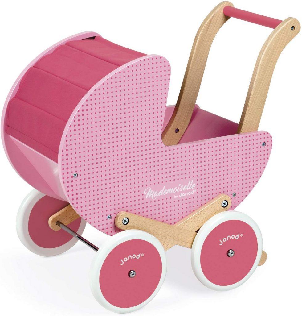 Questa carrozzina di legno Mademoiselle Janod è perfetta per iniziare a giocare con le bambole.