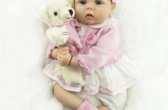 Bambola reborn con orsacchiotto